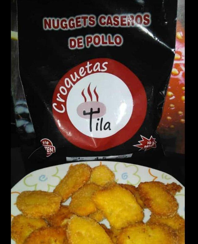 Plato de nuggets de pollo artesanos Croquetas Tila